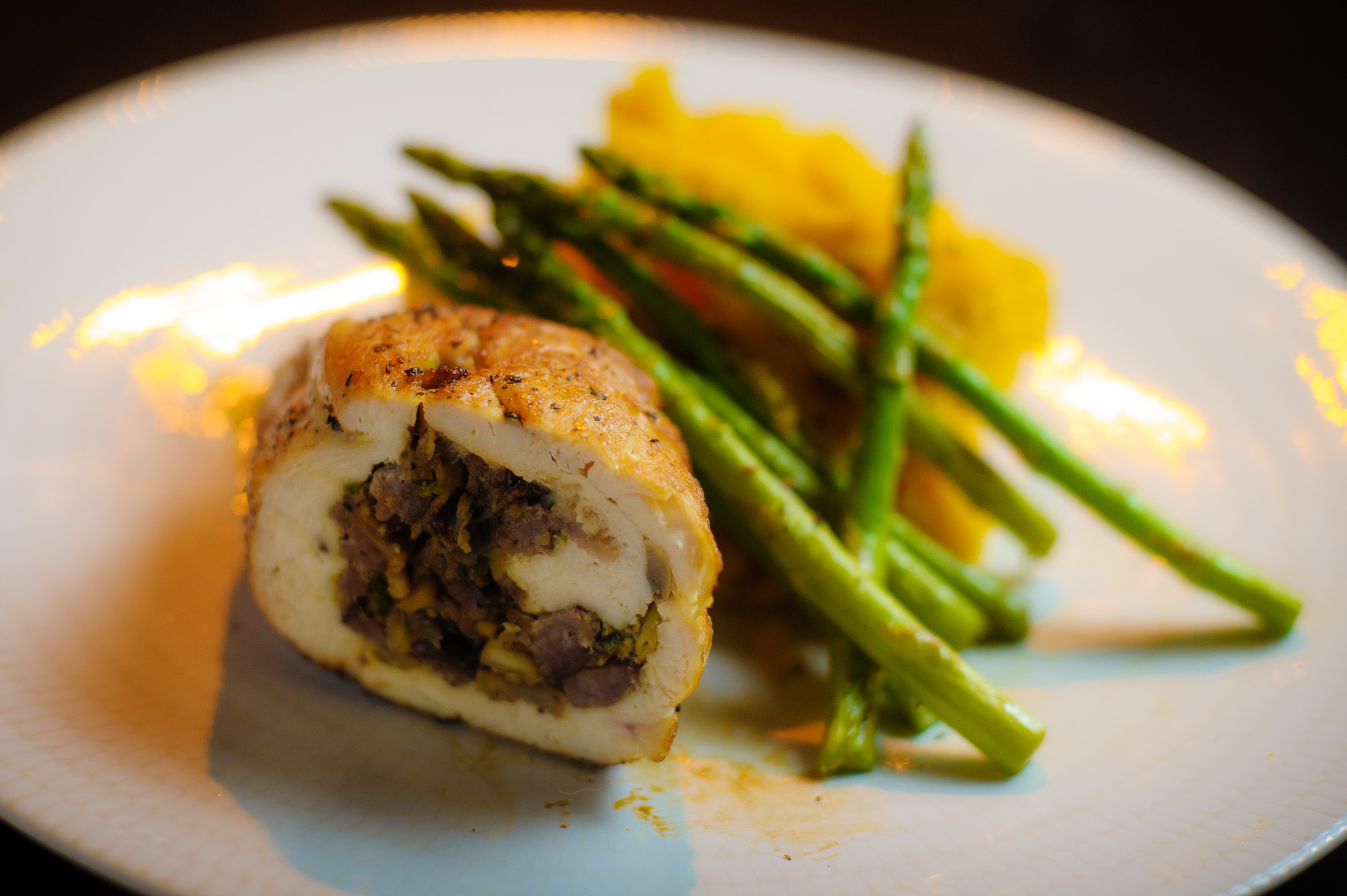 Stuffed chicken breast with asparagus and pureed sweet potato